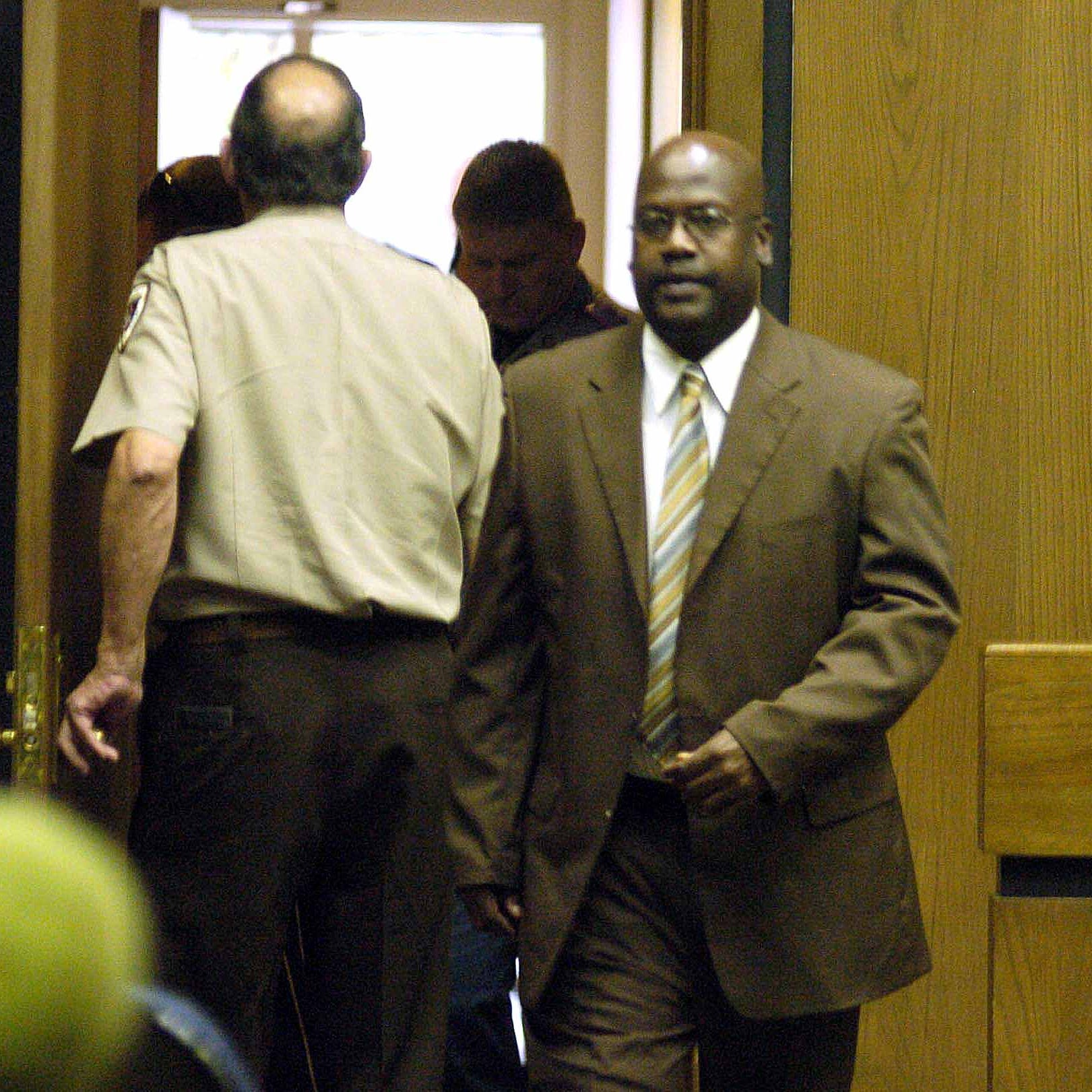 After six trials for same crime, Curtis Flowers' 'extraordinary' case gets Supreme Court hearing