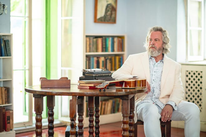 Robert Earl Keen will be playing at The Dixie in Huntingdon next weekend.