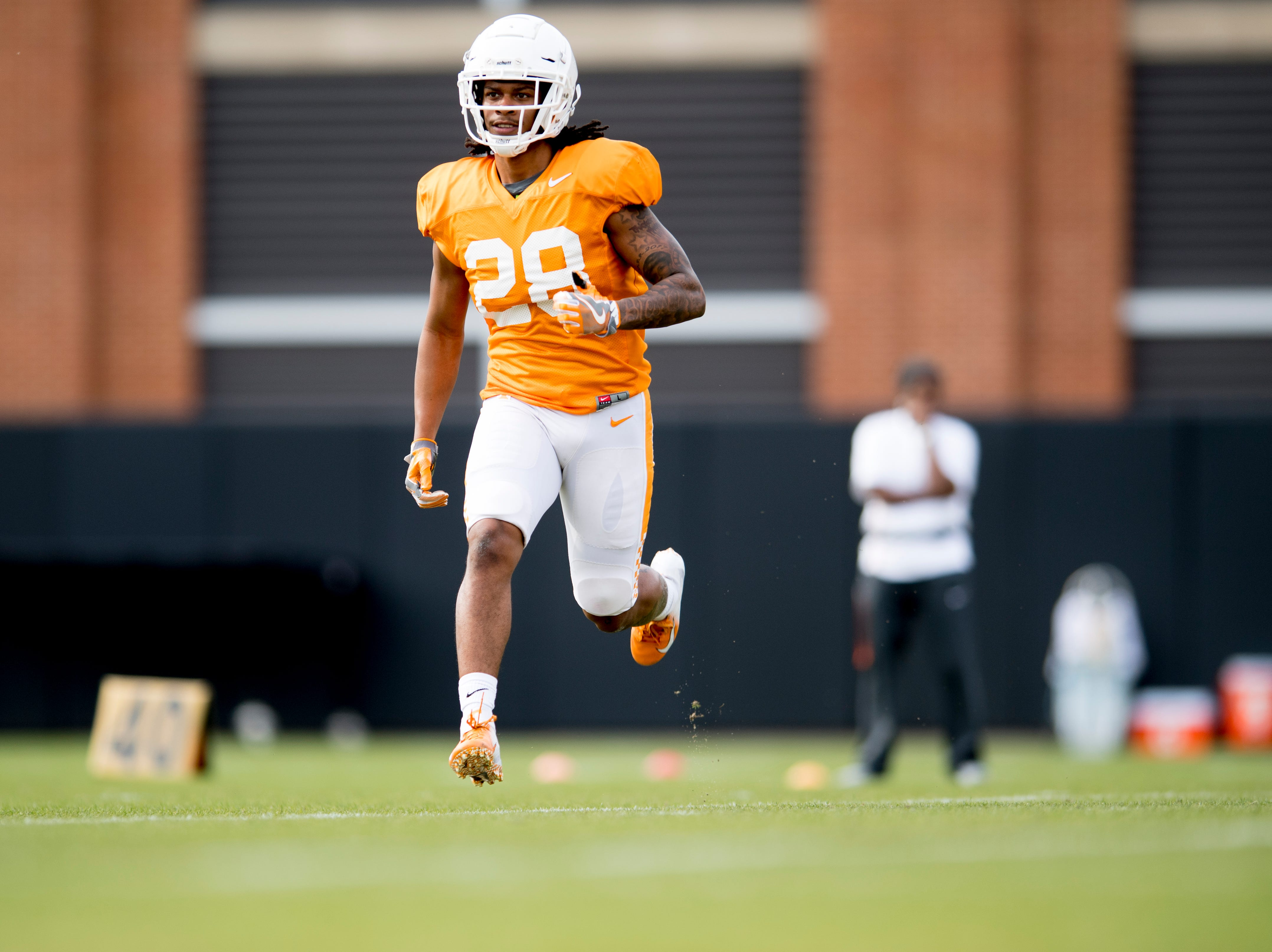 Tennessee defensive back Baylen Buchanan (28) runs down the field during Tennessee spring football practice at  Haslam Field in Knoxville, Tennessee on Wednesday, March 13, 2019.
