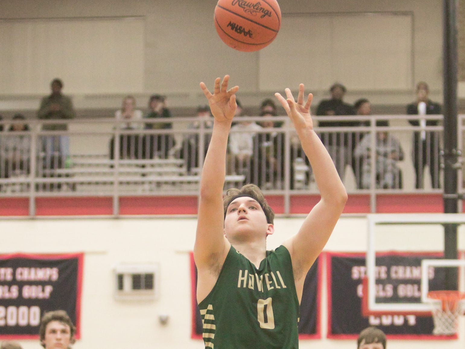 Josh Palo hits the game-winning free throw with 2.3 seconds left, giving Howell a 57-56 victory over Saginaw in the state quarterfinals at Grand Blanc on Tuesday, March 12, 2019.