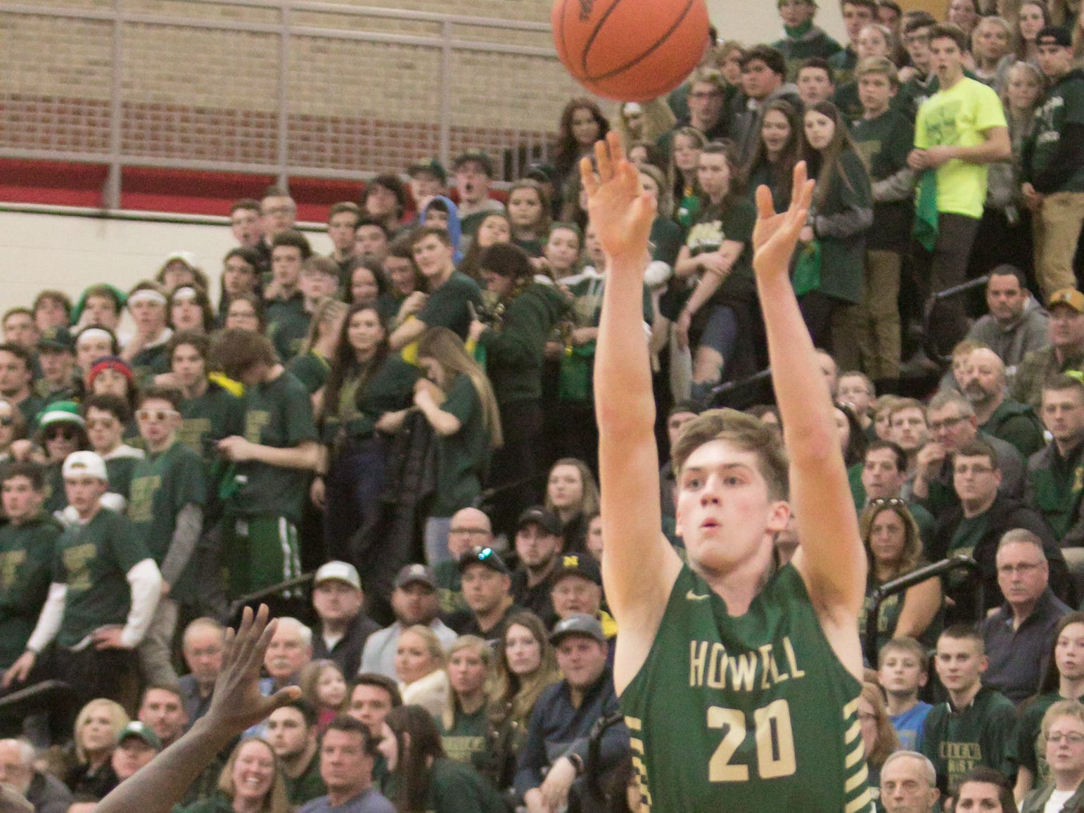 Sophomore JD Dell scored five points off the bench for Howell in a 57-56 victory over Saginaw in a state basketball quarterfinal at Grand Blanc on Tuesday, March 12, 2019.