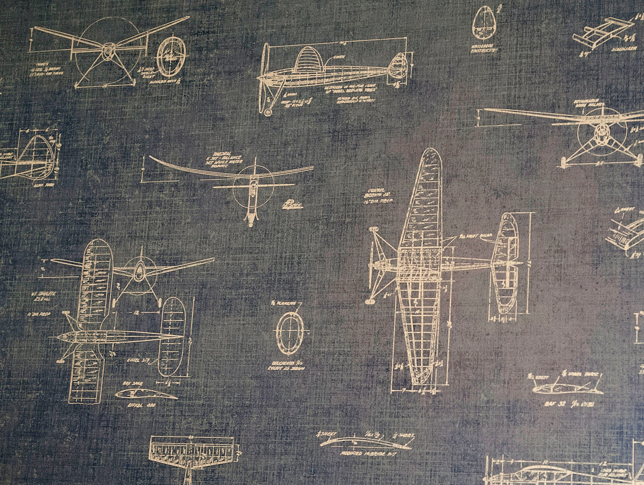 Ellis Hanna's airplane-themed bedroom on the 2nd floor includes airplane blueprint wallpaper.01 March 2019