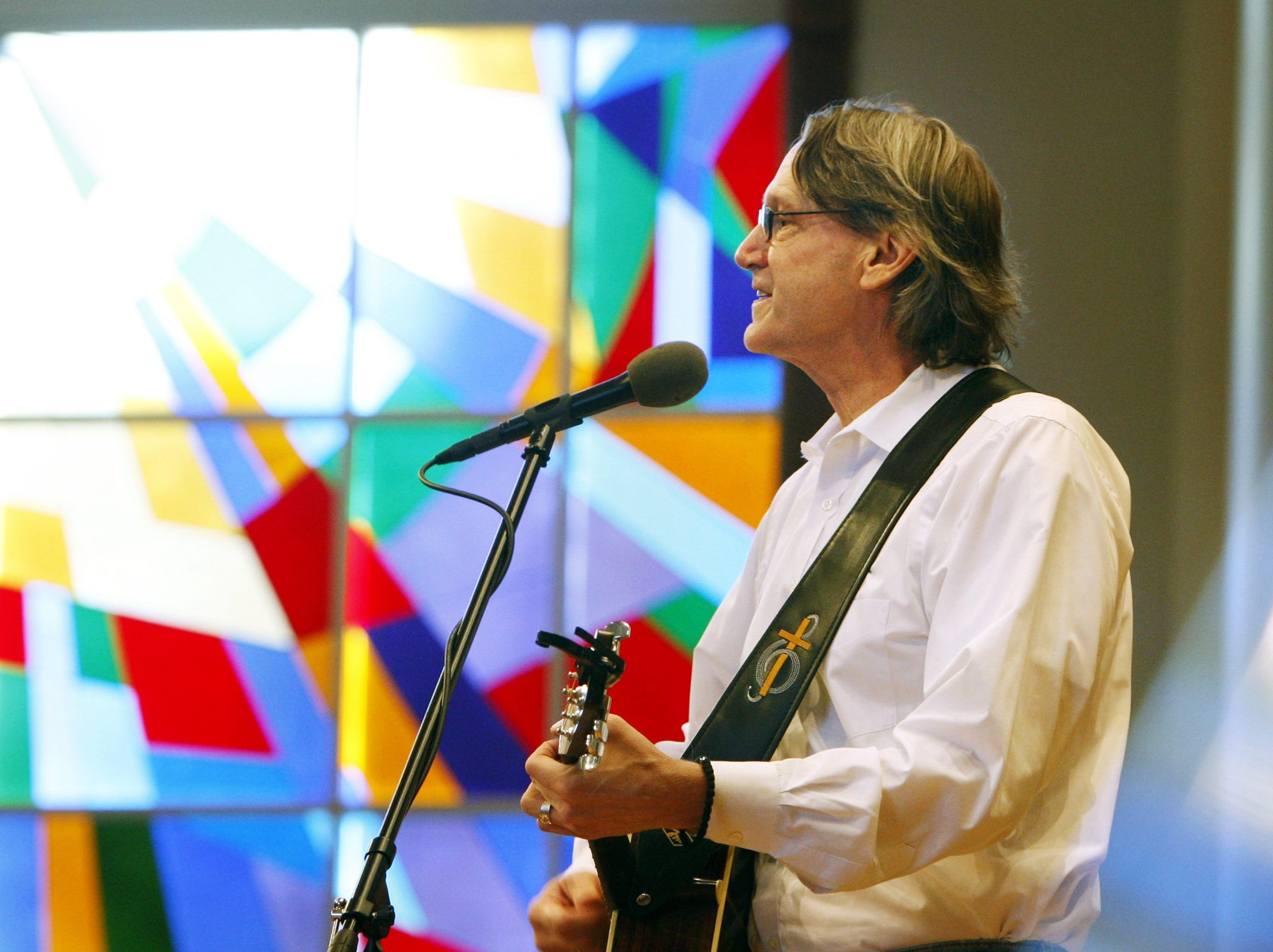 November 2, 2011 - Rev. John Kilzer plays the Marguerite Francis Music at Noon concert series held every Wednesday at Bartlett United Methodist Church through December 14th. (Alan Spearman/The Commercial Appeal)