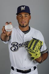 Miguel Sánchez is expected to be in the bullpen for the Brewers' Class AAA affiliate in San Antonio this season.