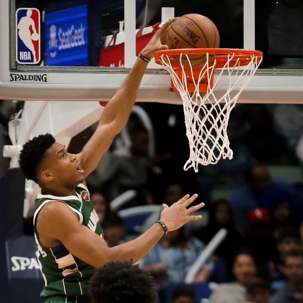 Bucks 130, Pelicans 113: Third-quarter fireworks are dazzling