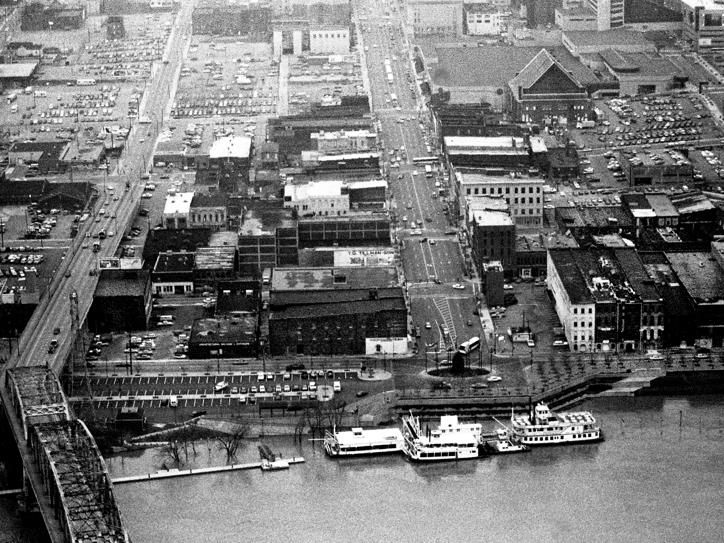 A weekend of almost-constant rainfall, which totaled up to 3.32 inches of rain in the area, has the Cumberland River very high in downtown Nashville on March 6, 1989.