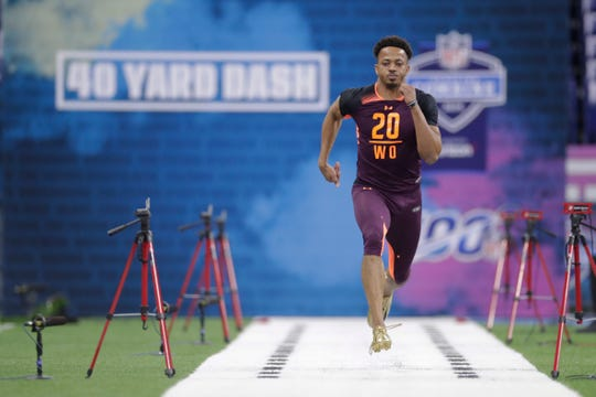 Missouri wide receiver Emanuel Hall runs the 40-yard dash at the NFL football scouting combine in Indianapolis, Saturday, March 2, 2019.