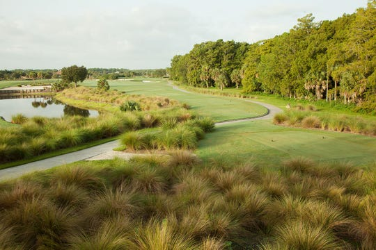 TwinEagles amenities includes two championship golf courses that offer the ultimate golf experience.