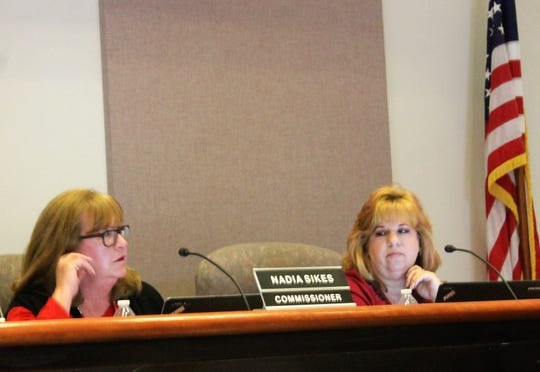 Alamogordo City Commissioner Nadia Sikes speaks a the regular Alamogordo City Commission meeting March 12 where the city became a Second Amendment Sanctuary City. Alamogordo City Commissioner Susan Payne looks on.