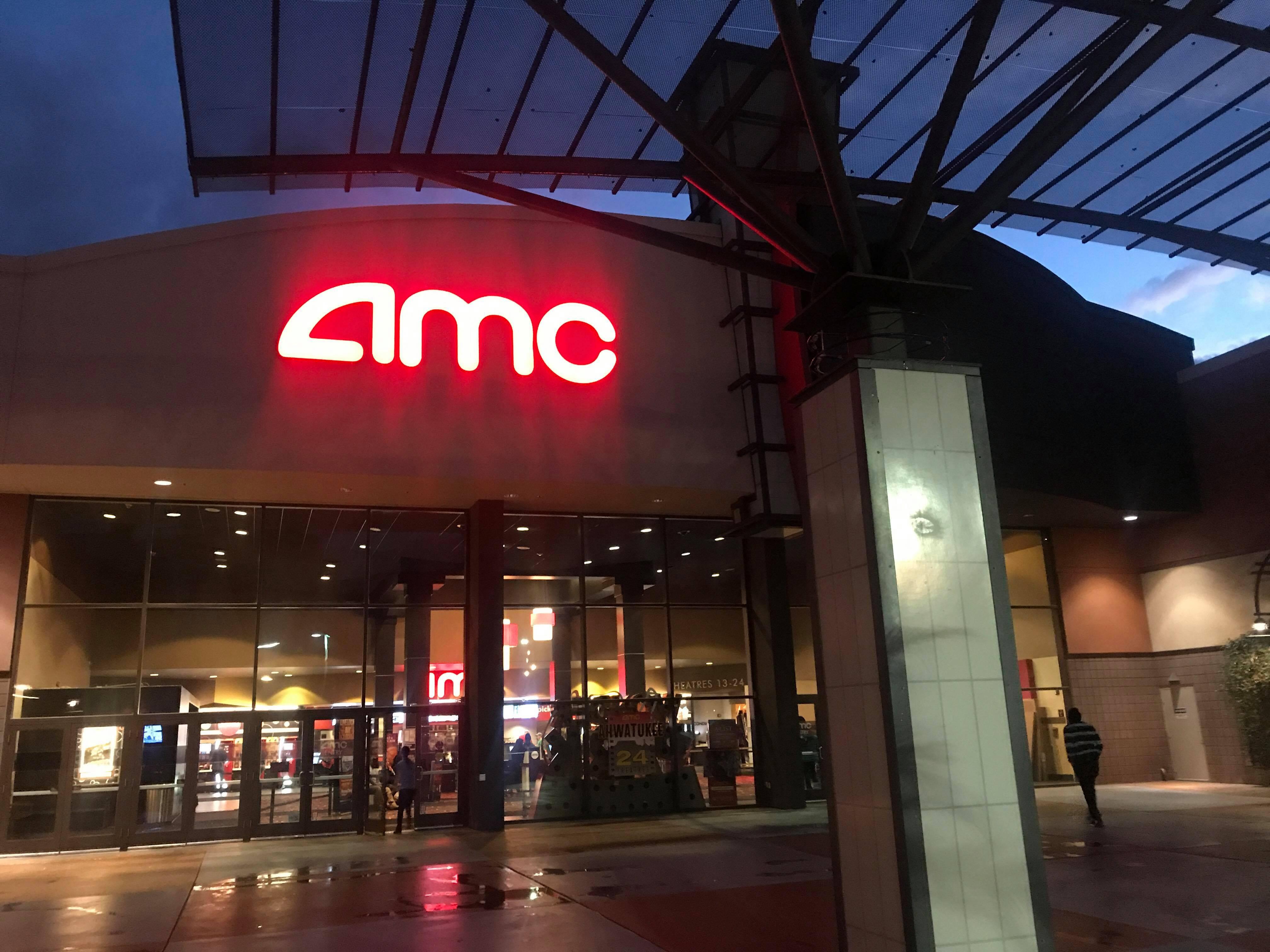 Phoenix man accuses AMC Ahwatukee of racial profiling