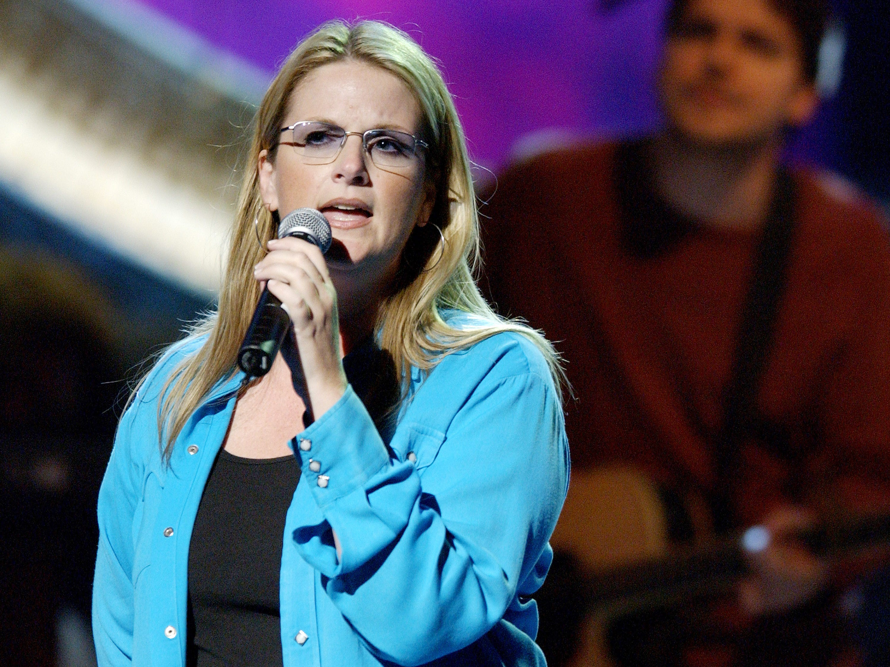 Trisha Yearwood rehearses for the 37th Annual Academy of Country Music Awards May 21, 2002 at Universal Amplitheatre in Los Angeles, CA.