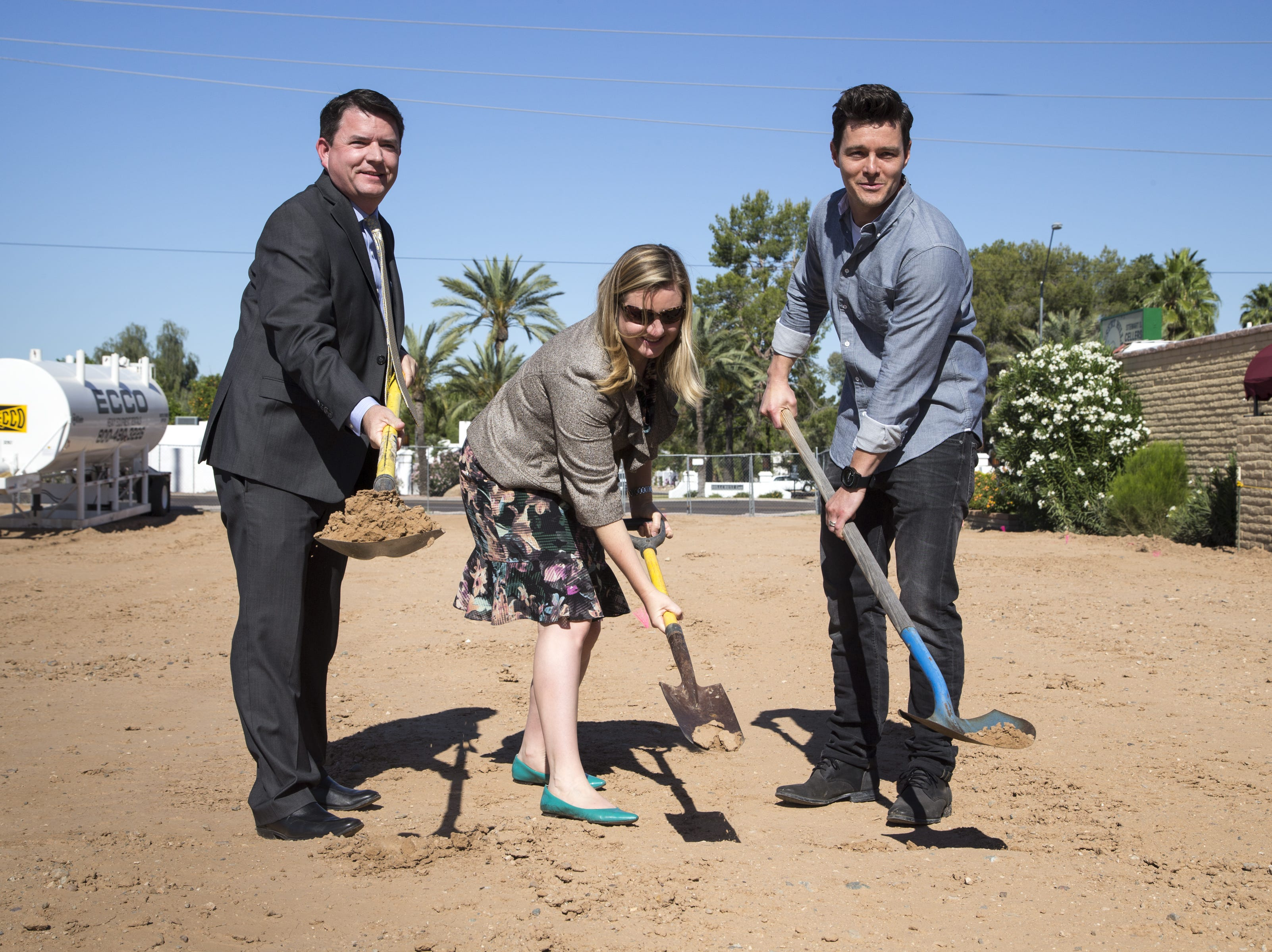 Mark Henle/The Republic Phoenix City Councilman Bill Gates (left), Vice Mayor Kate Gallego (center) and Justin Johnson break ground May 9 during a ceremony to kick off Johnson?s new development, Encanto Living Moon Valley, 710 E. Roberts Road, Phoenix. Phoenix City Councilman Bill Gates (left), Vice Mayor Kate Gallego (center) and Justin Johnson break ground, May 9, 2016, during a ceremony for Johnson's new development, Encanto Living Moon Valley, 710 E. Roberts Road, Phoenix, Arizona.
