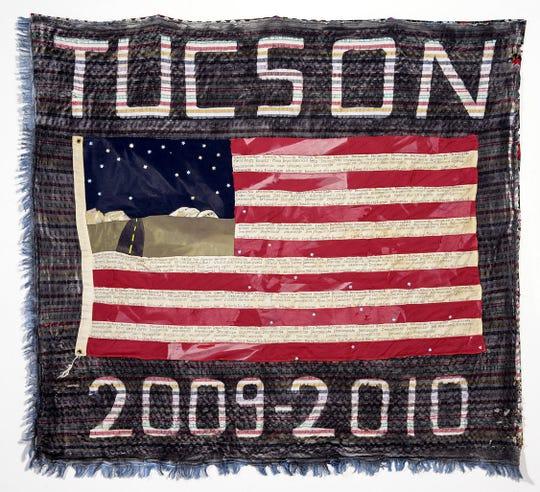 """Fotografía cedida por The Migrant Quil donde se aprecia la obra """"Sector Tucson 2009-2010, 253 muertos"""" realizada por Verni Greenfield de Portland (Oregón)."""
