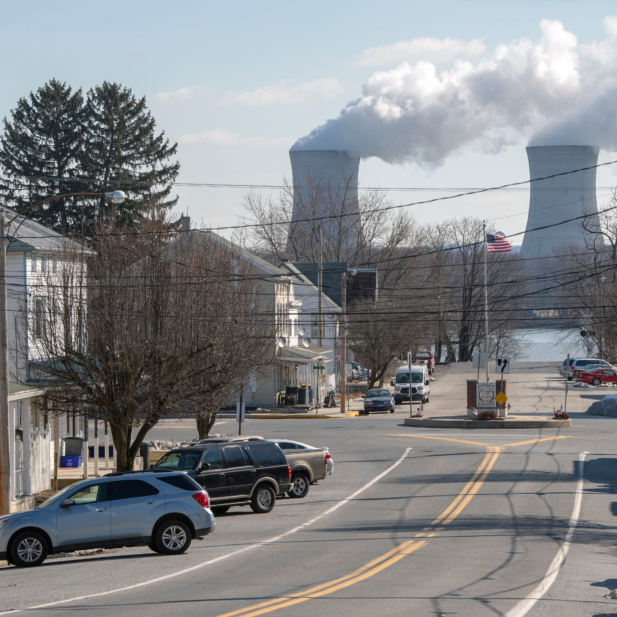 Three Mile Island nuclear plant to proceed with closure; no taxpayer bailout expected