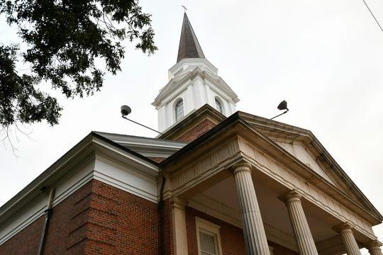 First Christian Church, 29 N Oakes St