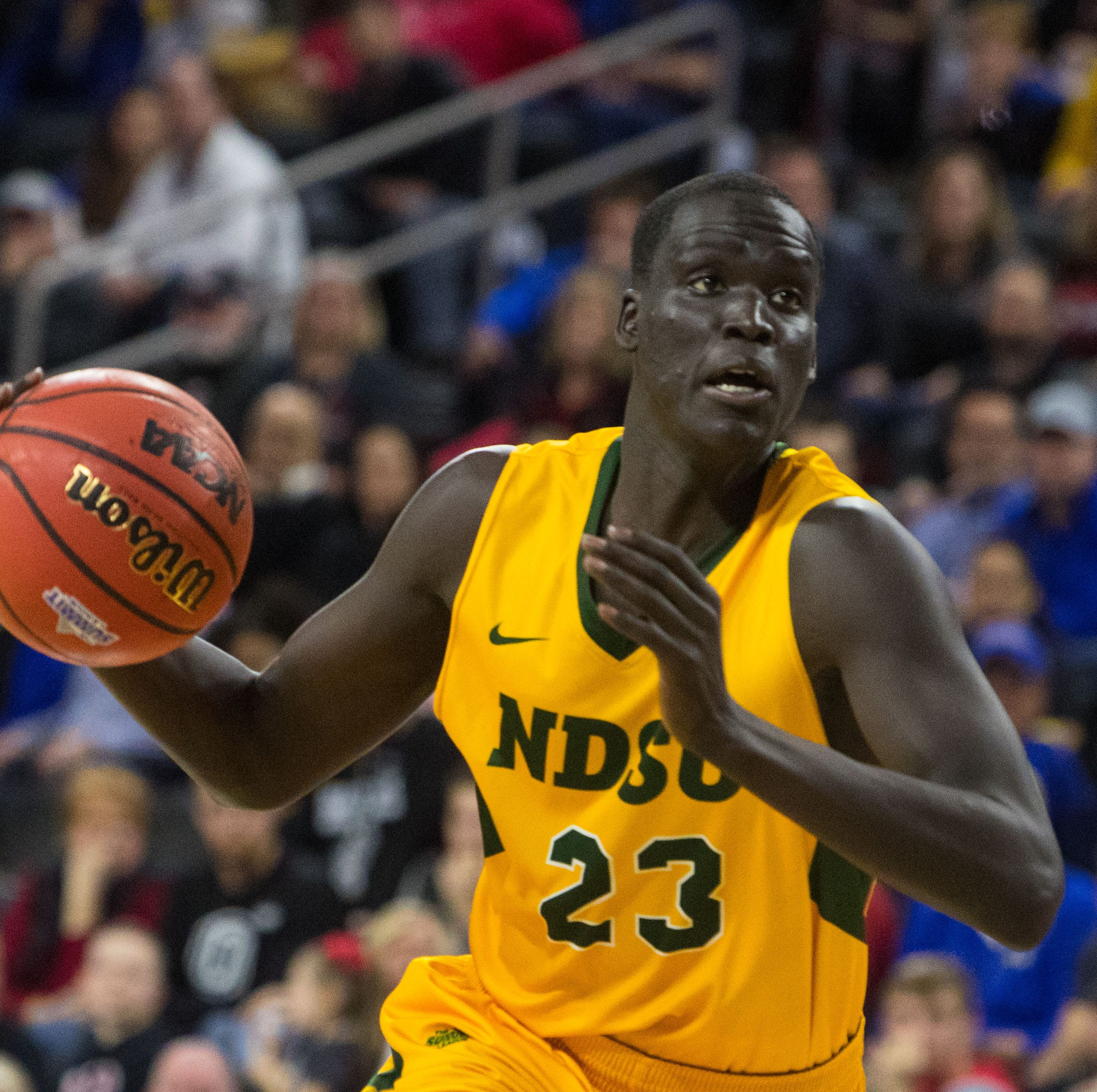 Washington grad Deng Geu transferring to North Texas Mean Green