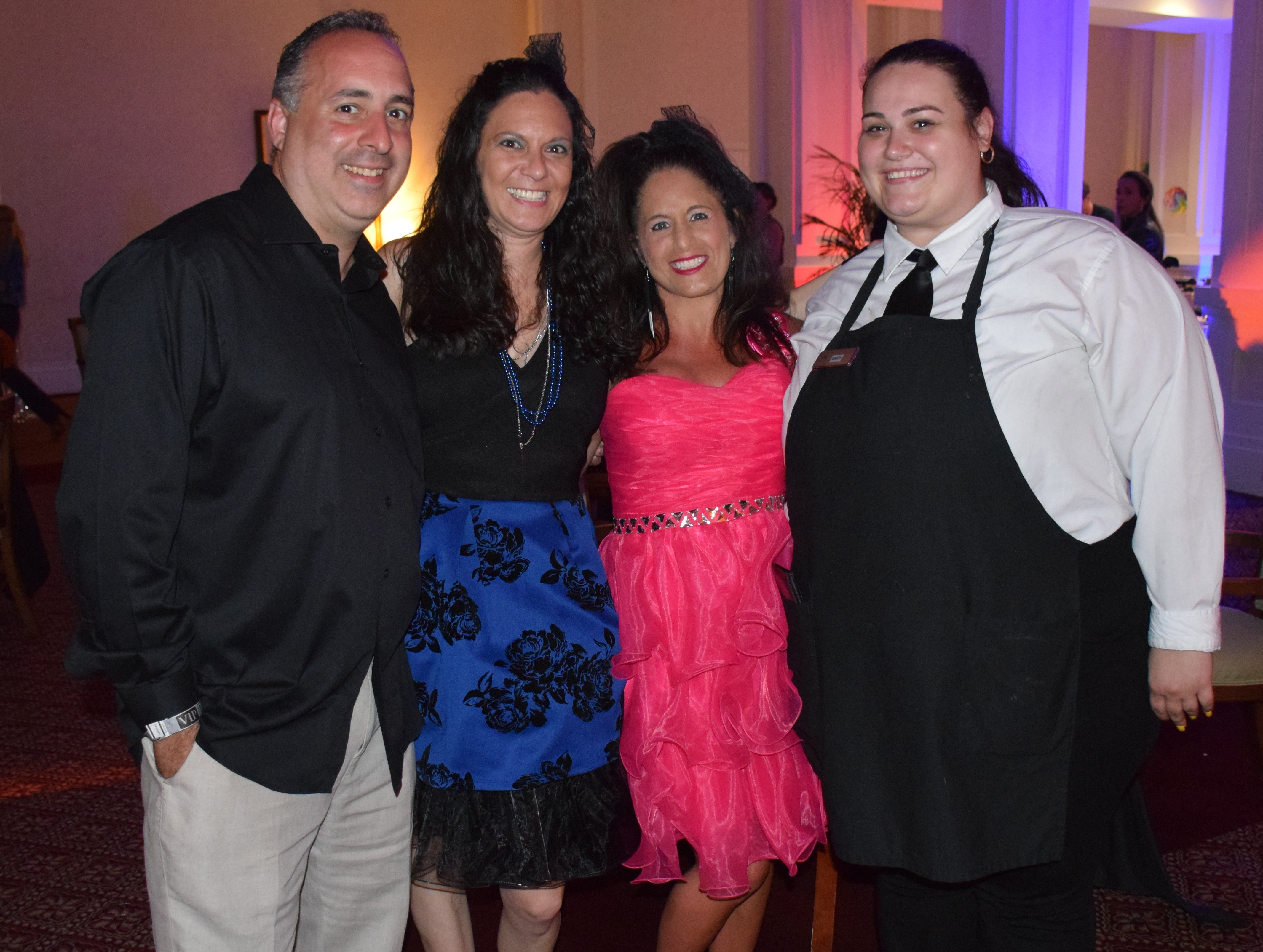 Sponsors John Reitano, Jeanine Abbey, Gina Sebastian and Oak Harbor staff member Gabby Raglievich