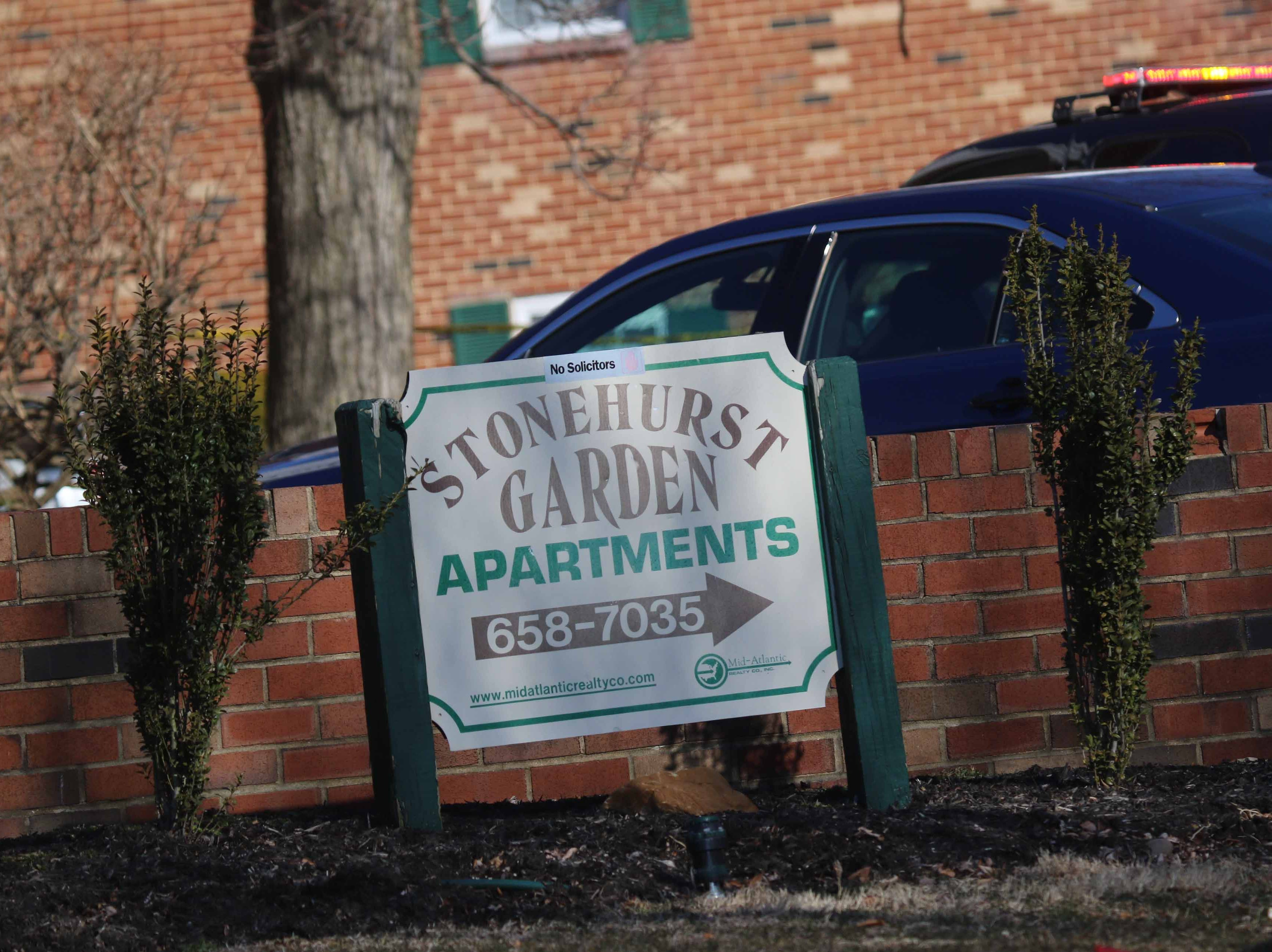 Stonehurst Garden Apartments where Laura Connell and Walton were living.
