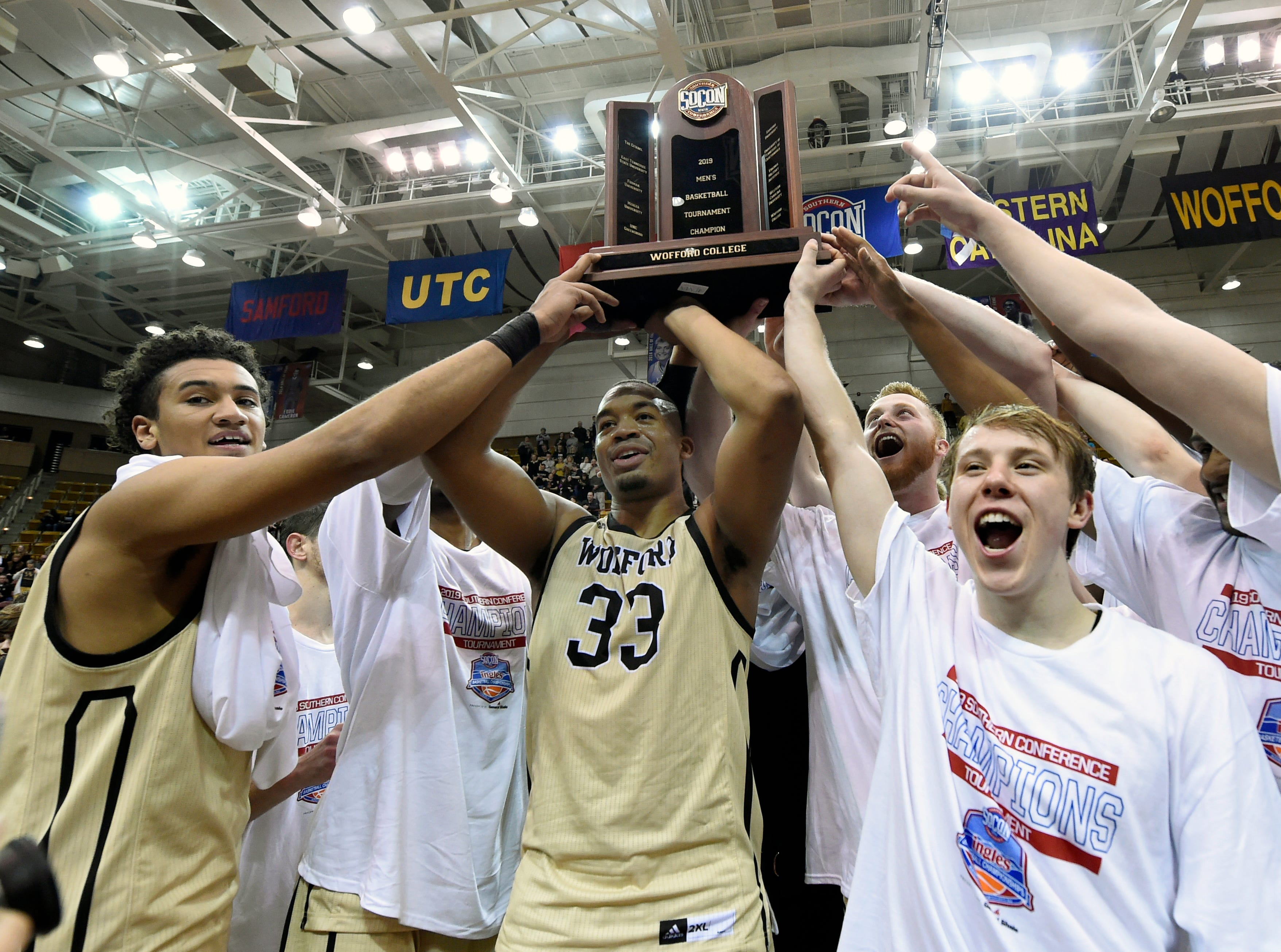 Wofford (29-4), No. 7 seed in Midwest, Southern Conference champion
