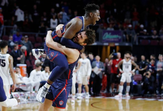 Saint Mary's (22-11), No. 11 seed in South, West Coast Conference champion