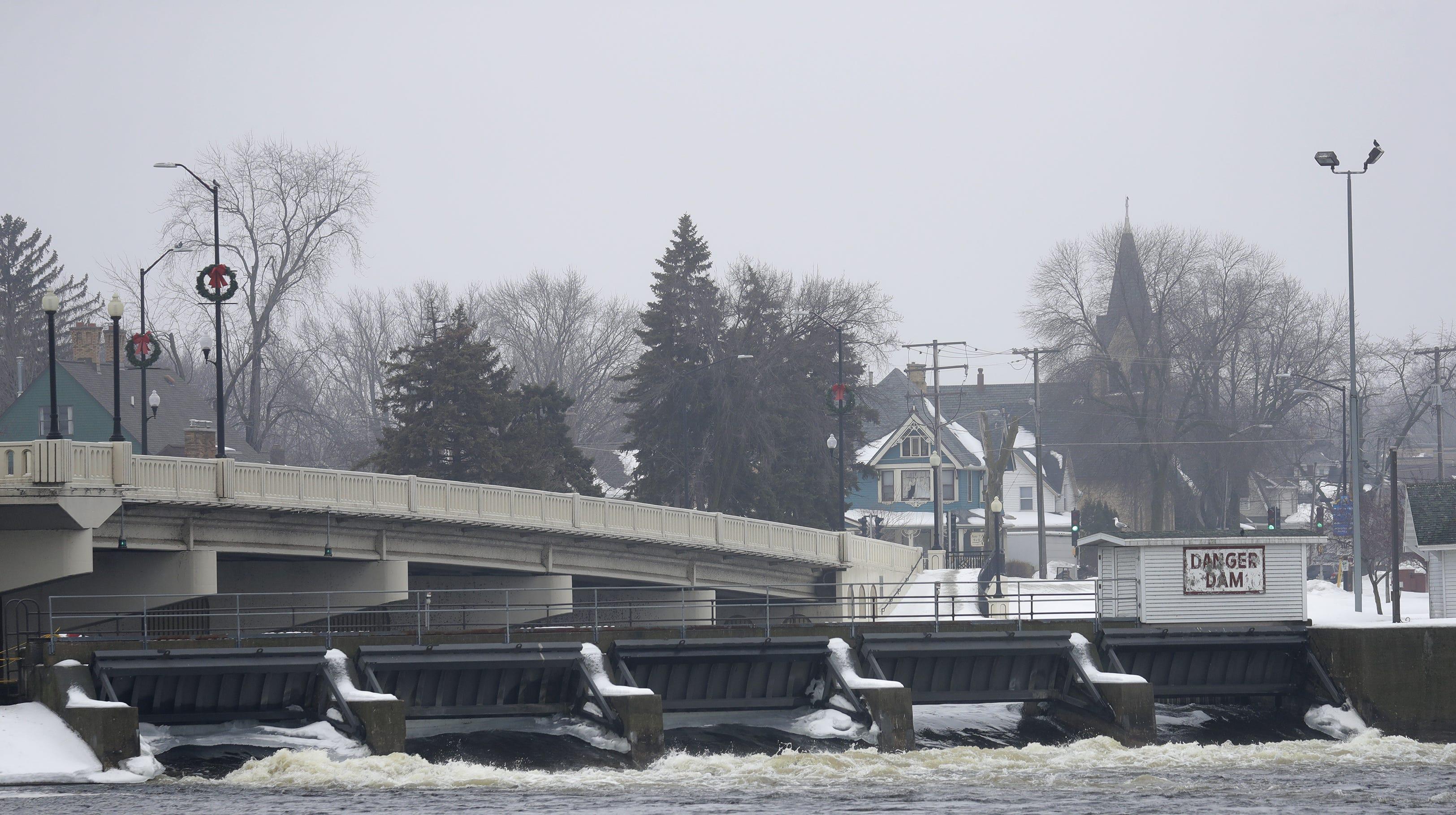 Dams on Lake Winnebago don't influence flooding upstream on the Wolf River