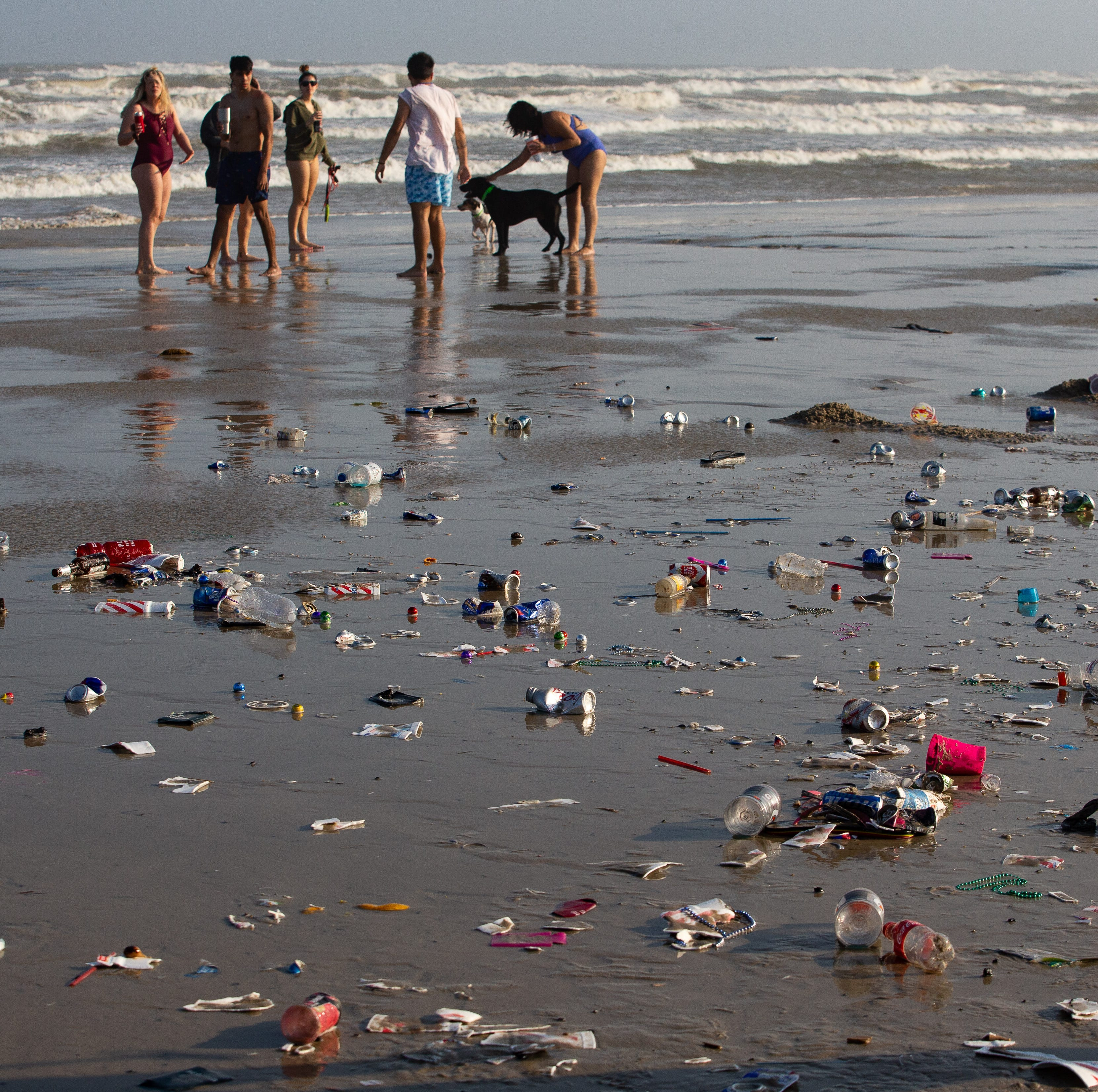 Spring break 2019: 30 tons of trash is left behind on Corpus Christi, Port Aransas beaches