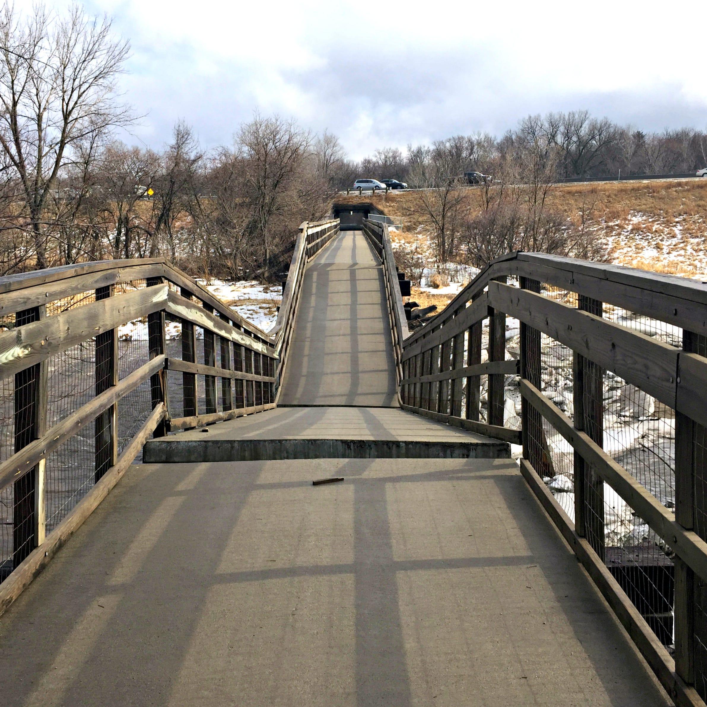 Trestle Trail Bridge in Johnston collapses in ice jam