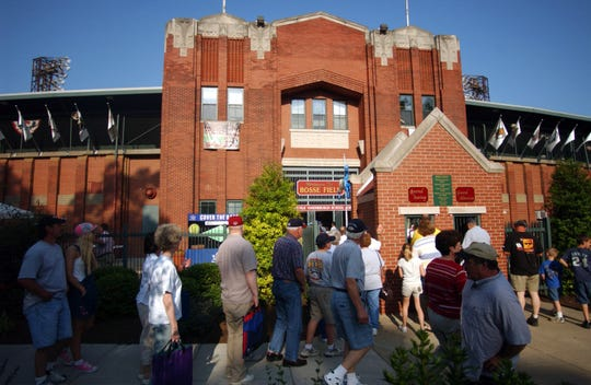 Fans pour through the gates as Bosse Field is opened for the Evansville Otters' season opening game against the Florence Freedom 2005.