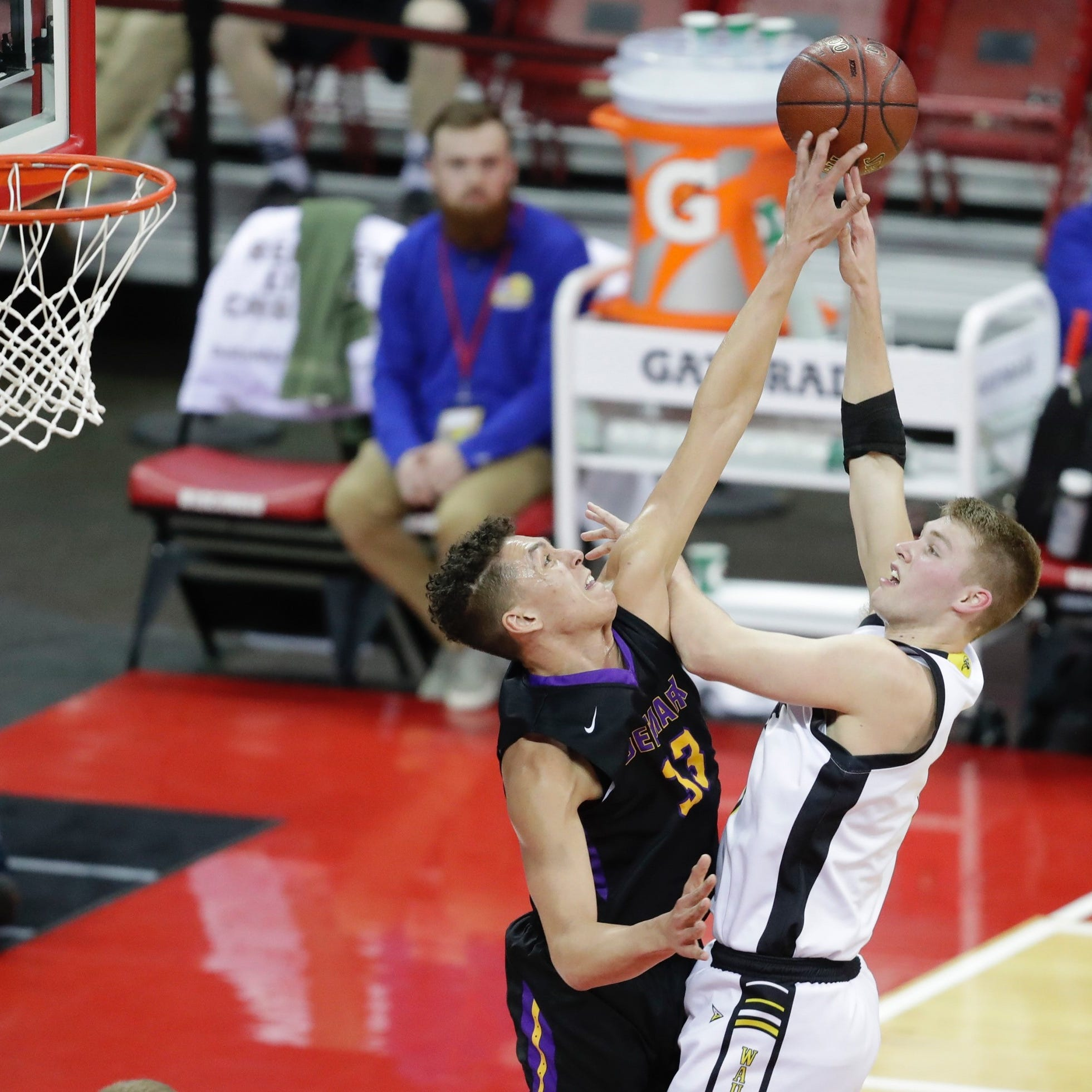 WIAA state basketball: Marcus Domask leads Waupun past Denmark in Division 3 semifinal