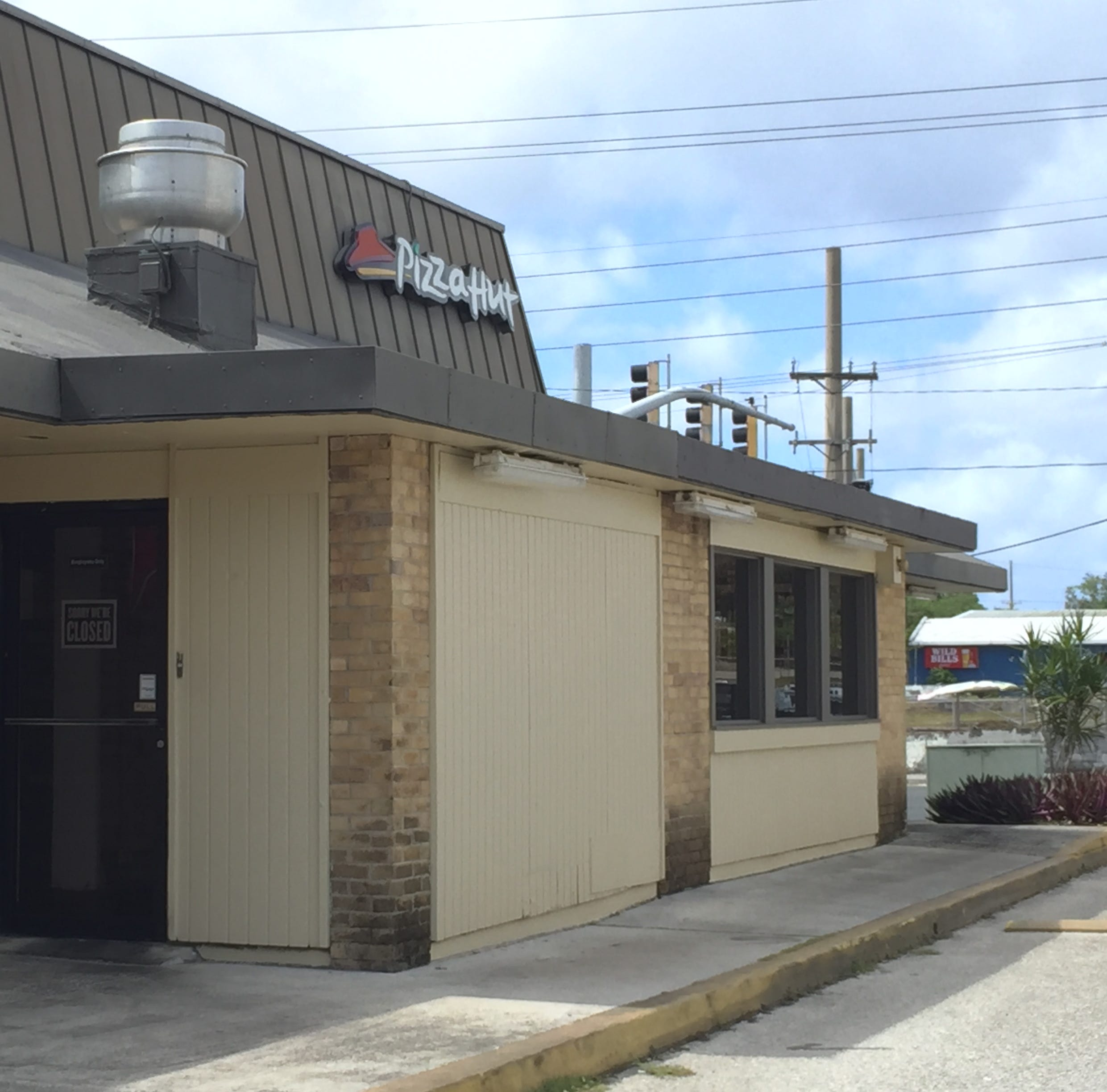 Pizza Hut Tamuning closes for good