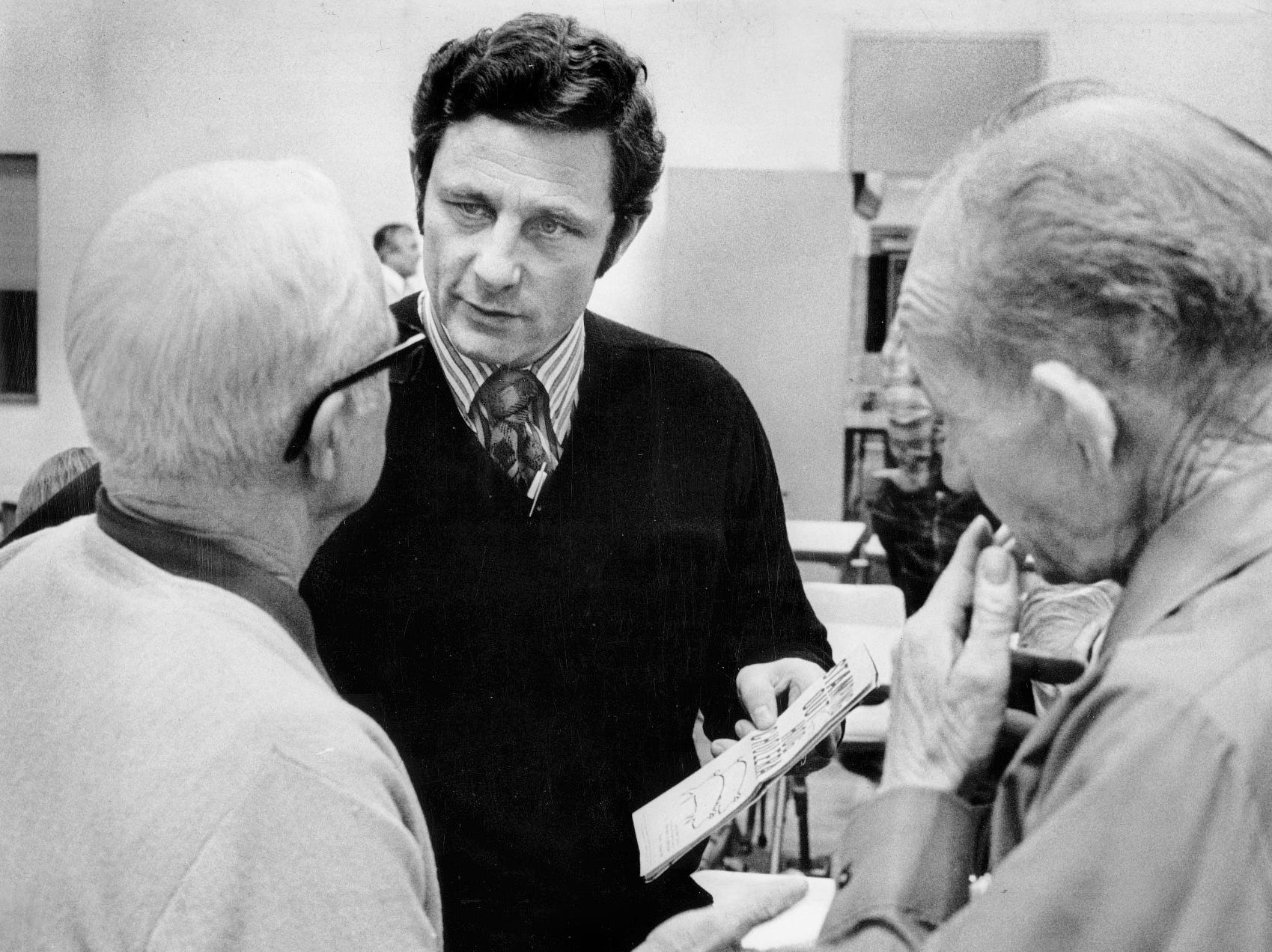 12/12/1972 -- Farmer Robert Sanderson, left, talks with Sen. Birch Bayh, D-Ind, explaining the Equal Rights Amendment.