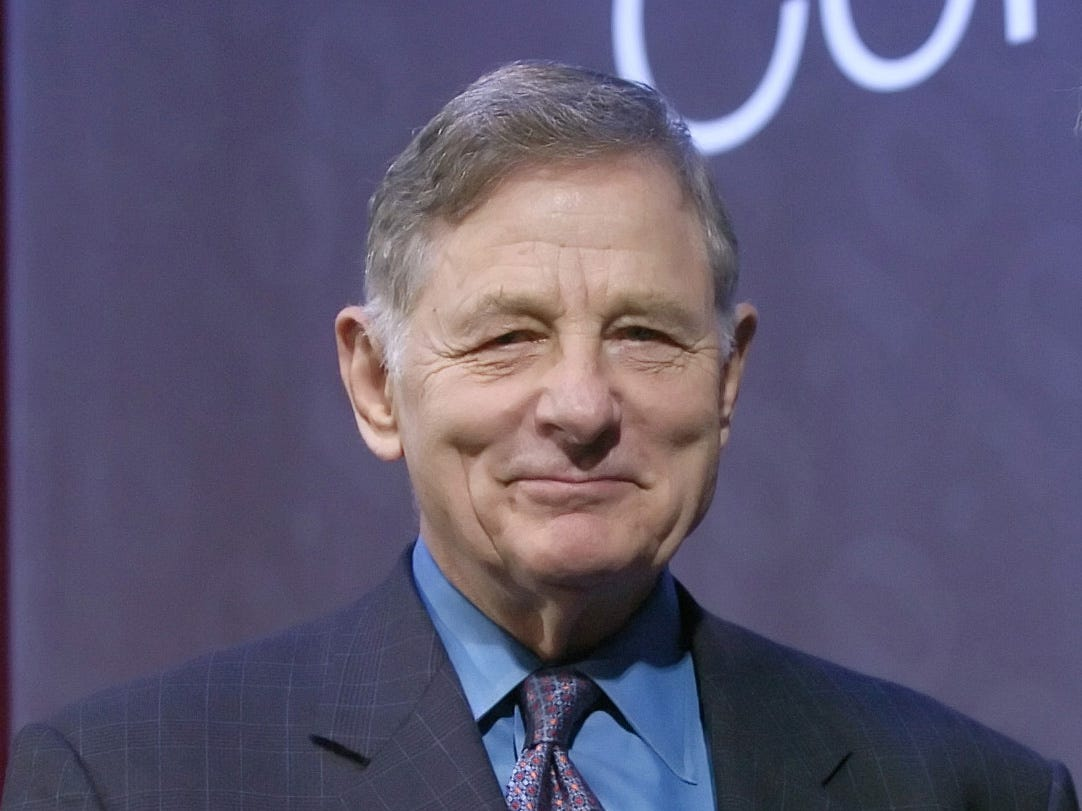 Birch Bayh during a 2006 NCAA ceremony to present him with the Gerald R. Ford Award.