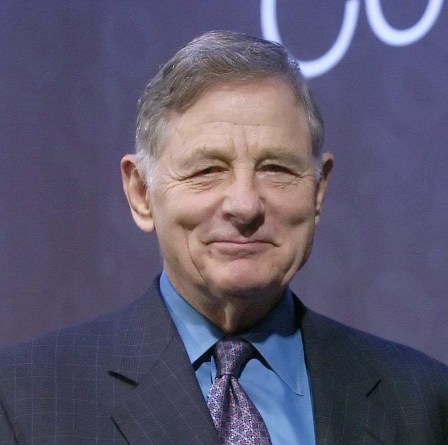 Birch Bayh, former Indiana senator, Title IX author, dies at 91