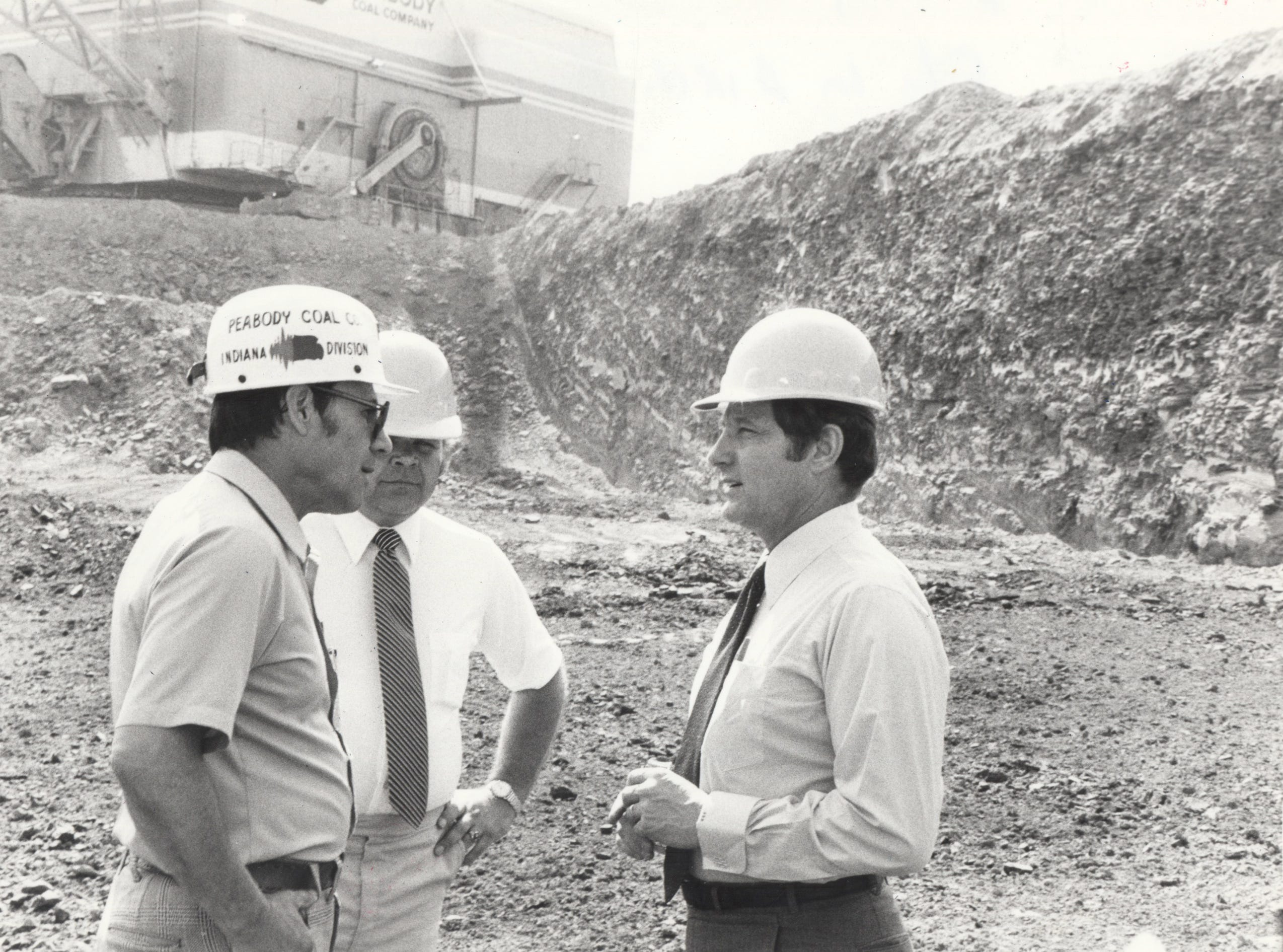 Sen. Birch Bayh meets with Larry Reynolds, President of United Mine Workers (UMW) (05/31/1970)