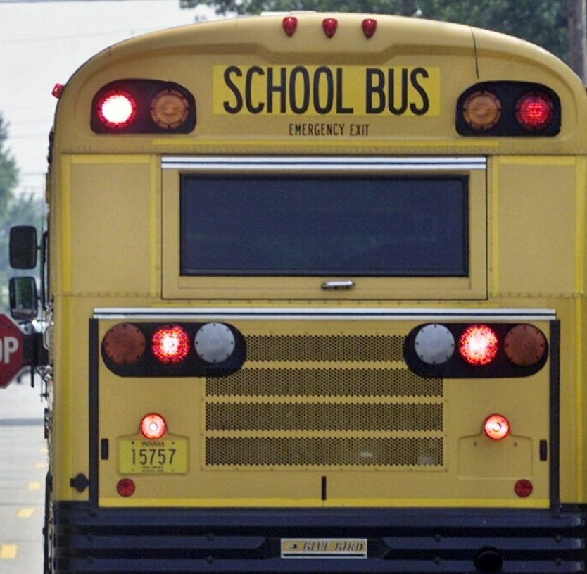 6 students, 1 bus driver injured in accident near Mulberry