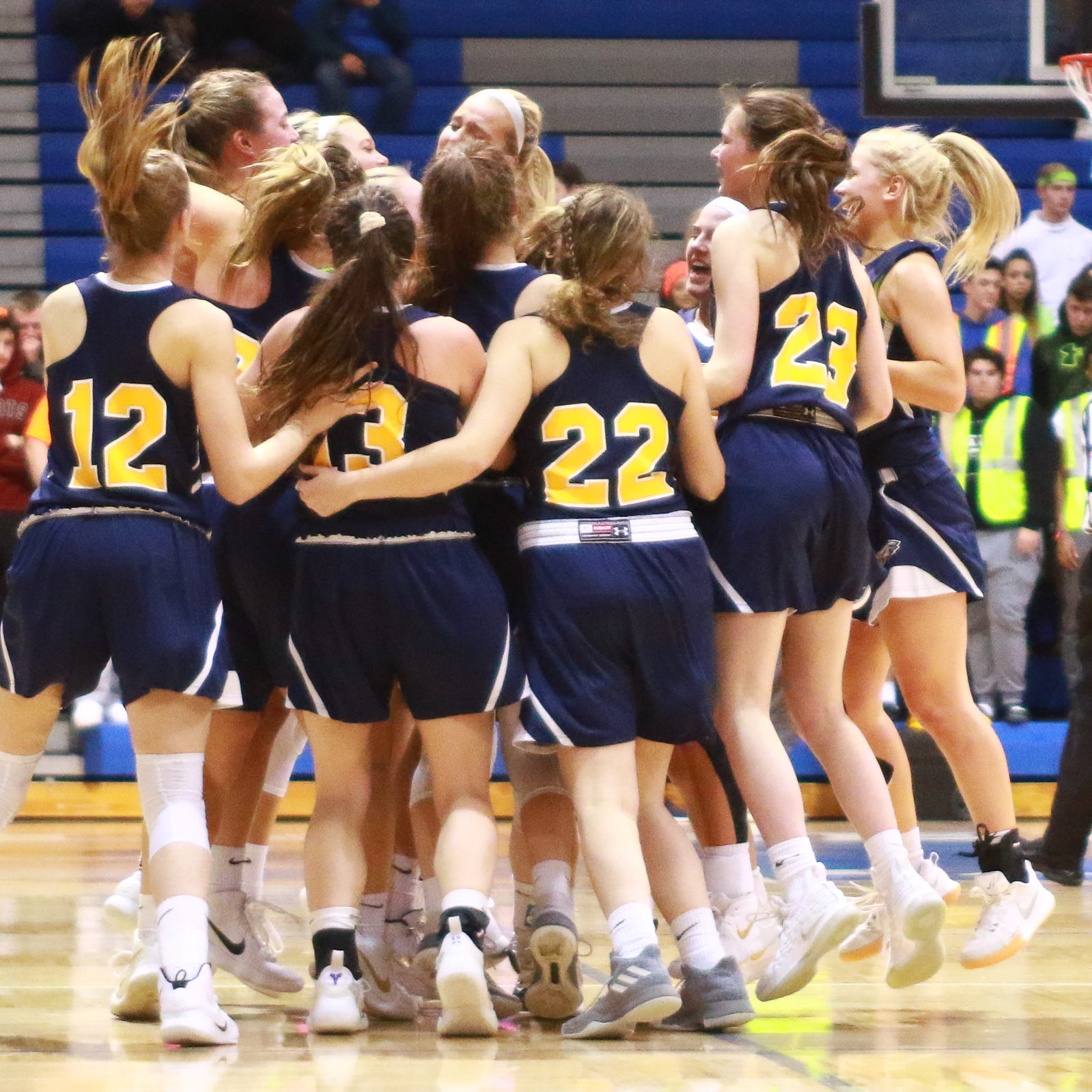 Hartland reaches third state girls basketball quarterfinal in five years