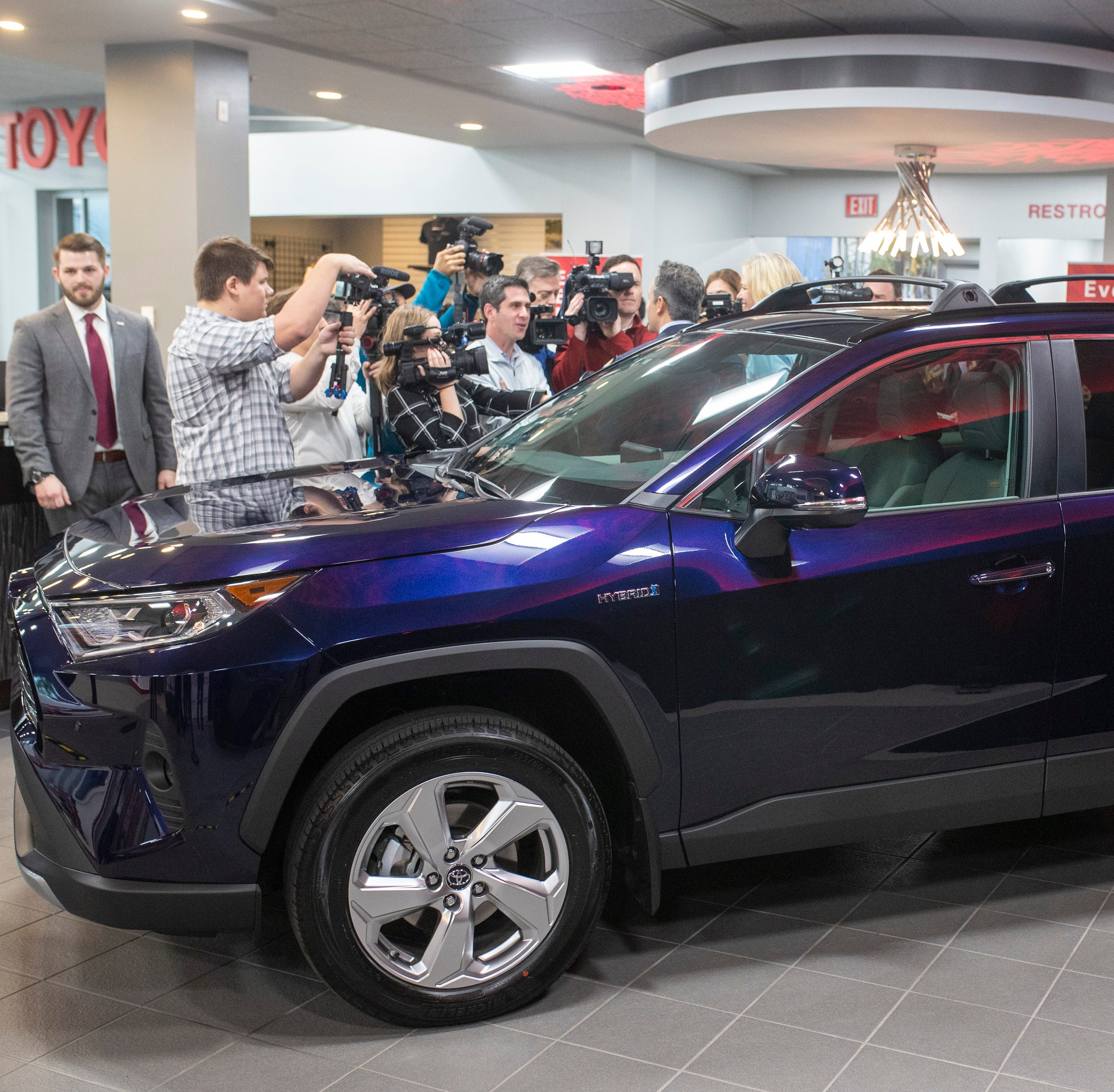 Toyota to invest $238 million, add Lexus and RAV4 hybrids at Kentucky plant
