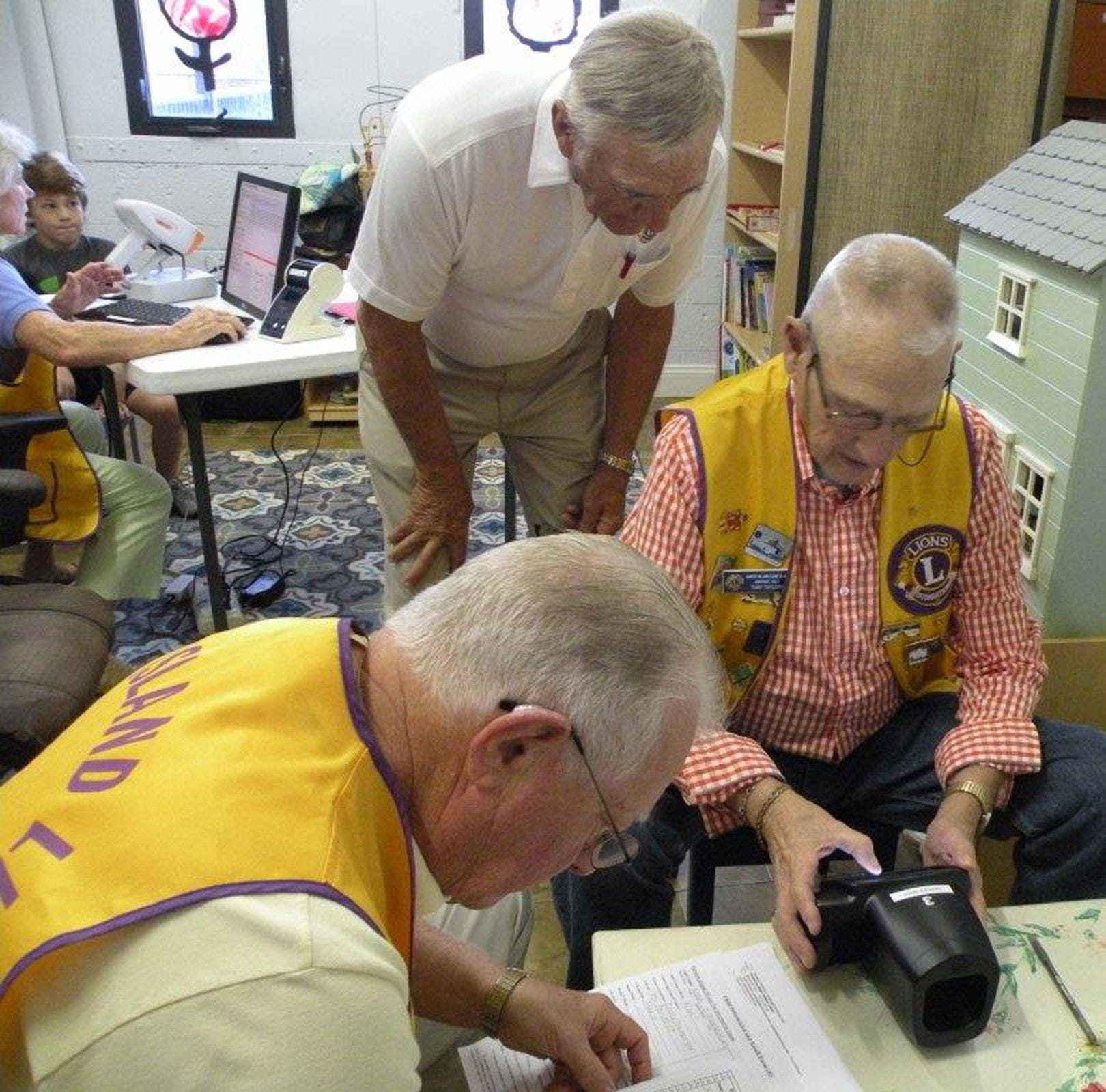 Saturday is 'White Cane Day' for Marco Island Lions Club