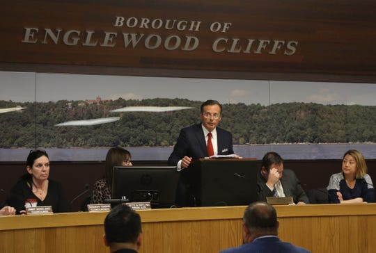 Englewood Cliffs Mayor Mario Kranjac conducts a town meeting on March 14, 2019.