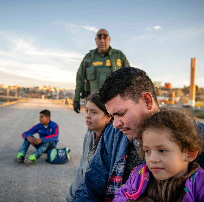 8 hours on the border: Agents encounter record numbers of migrant families