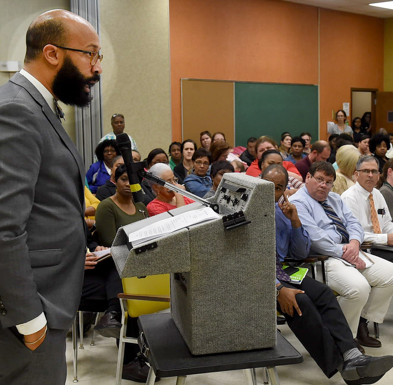 Discussions to redesign elementary schools fall apart