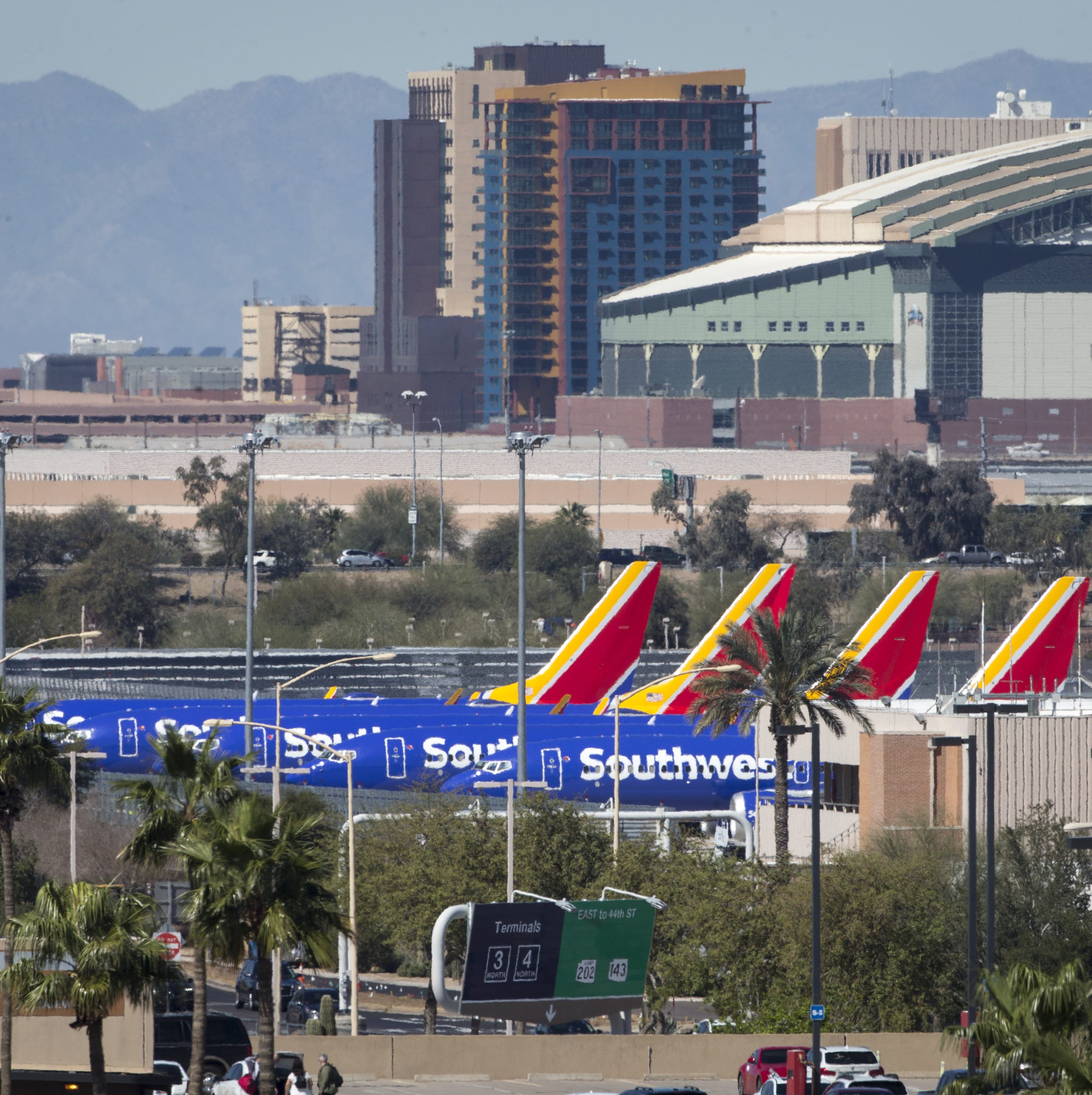 Are Southwest and American parking Boeing 737 MAX 8 planes in Phoenix?