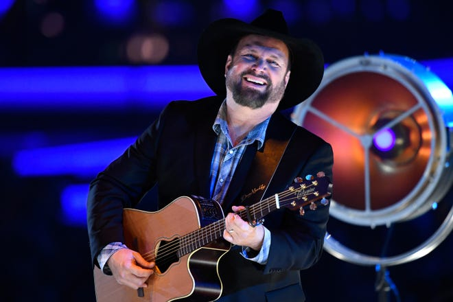 Garth Brooks performs during MusiCares Person of the Year honoring Dolly Parton at Los Angeles Convention Center on February 8, 2019 in Los Angeles, California.