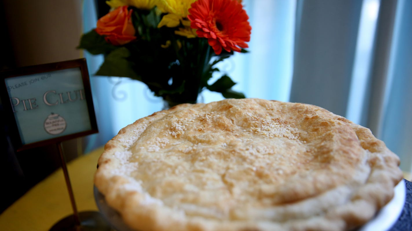 6 tips to make the best pie from scratch this Thanksgiving