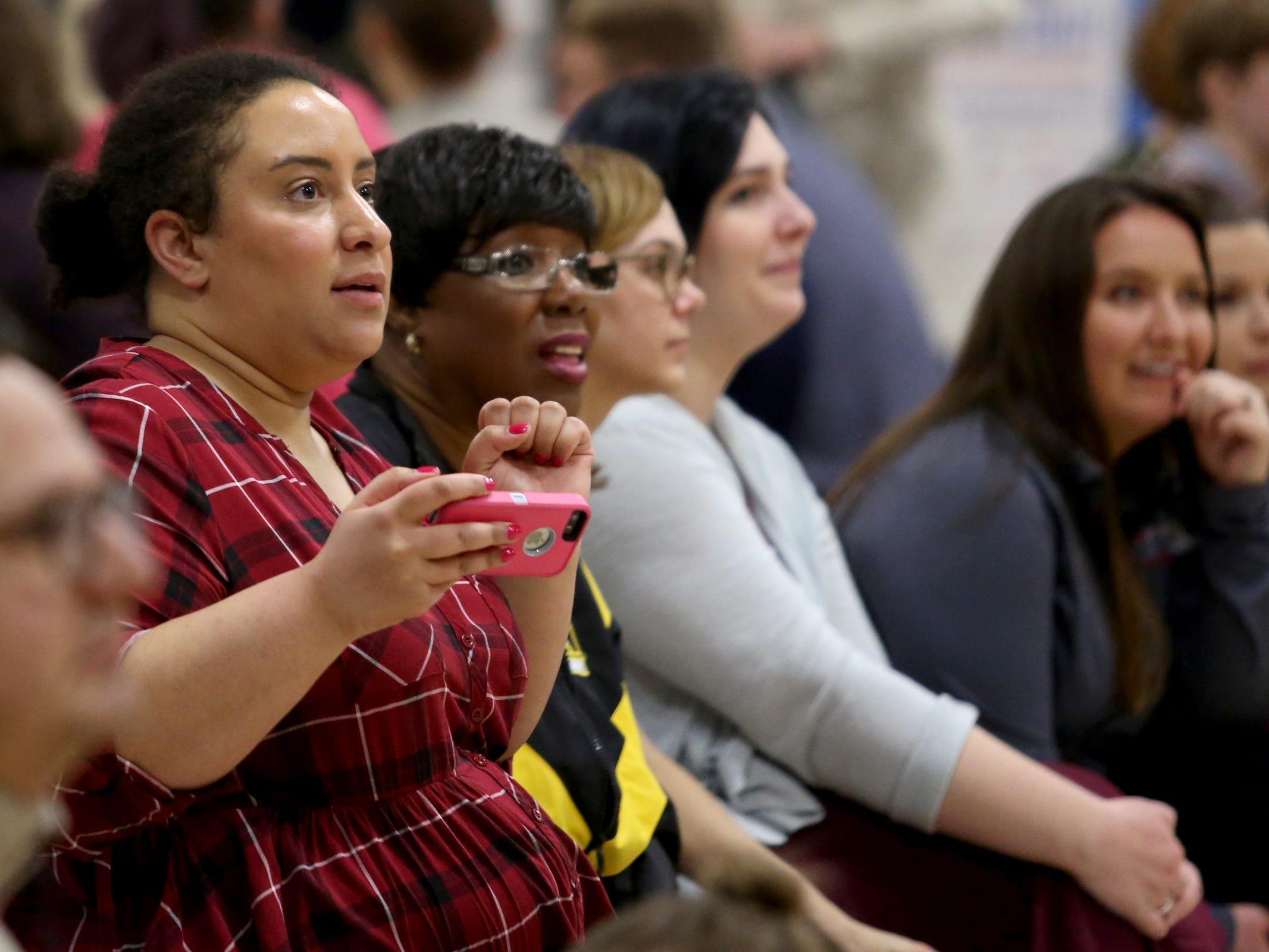 People watch the second annual House vs. Senate charity basketball tournament at the Boys & Girls Club in Salem on March 13, 2019. The tournament raised more than $10,000 for the Oregon Alliance of Boys & Girls Clubs.
