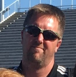 Captain Shreve soccer coach to move to Benton