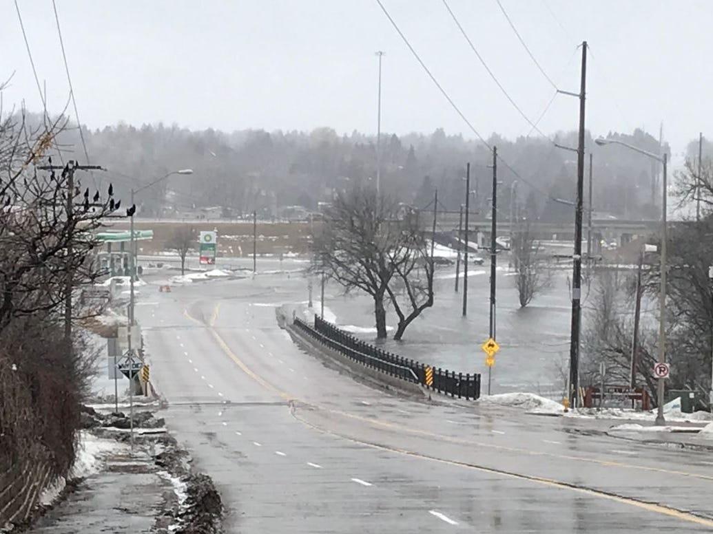 Cliff Avenue near I-229