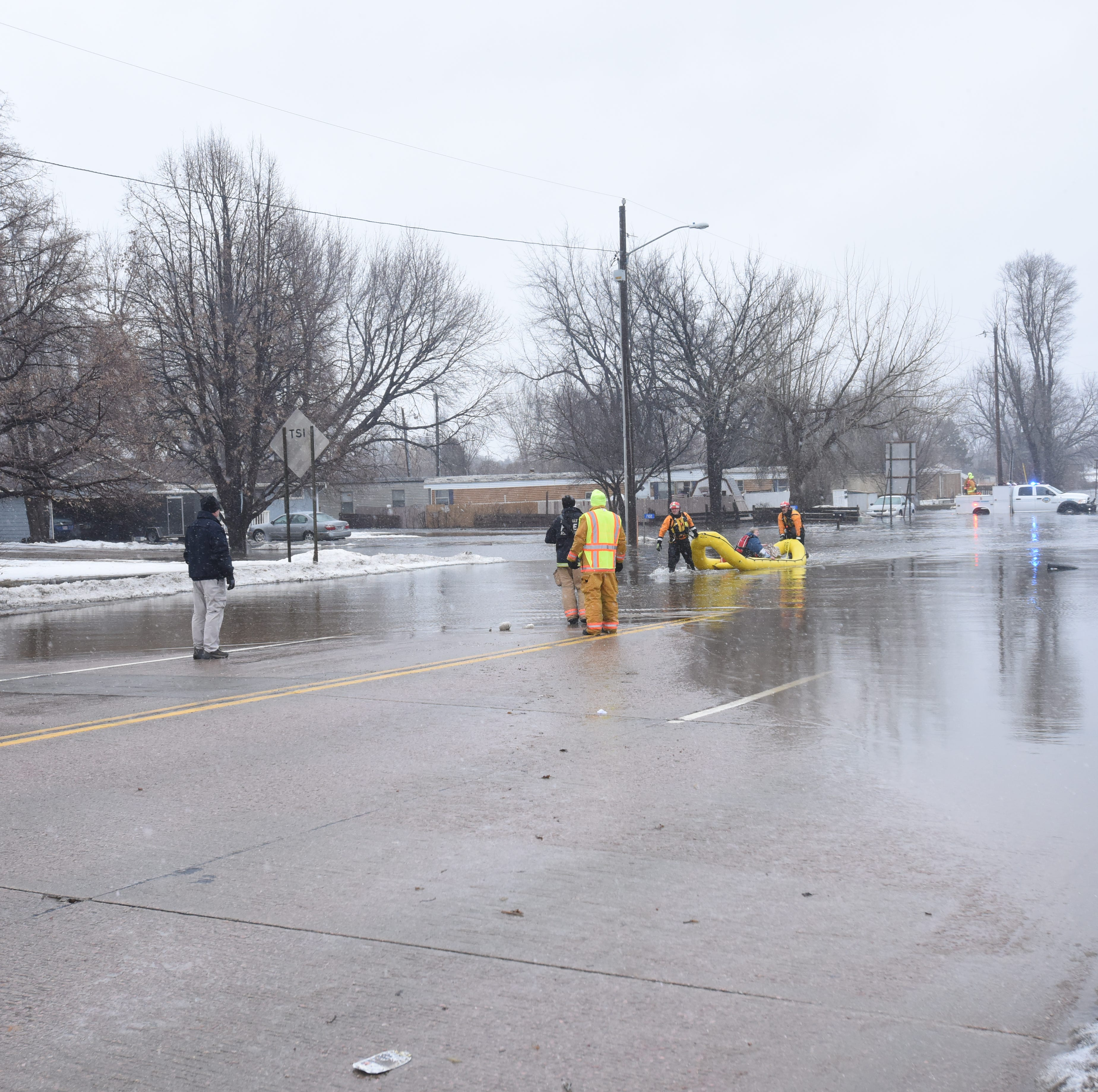 Crews rescue multiple people from flooding in western, southern Sioux Falls