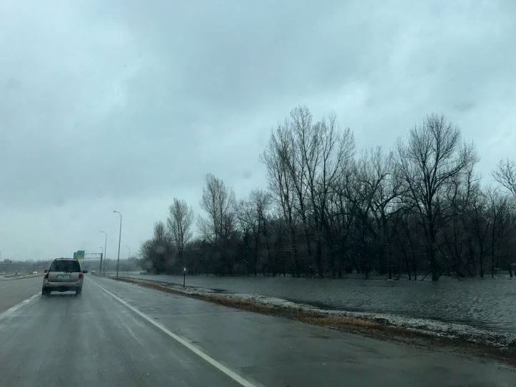 Interstate 229 between 26th Street and Cliff Avenue.