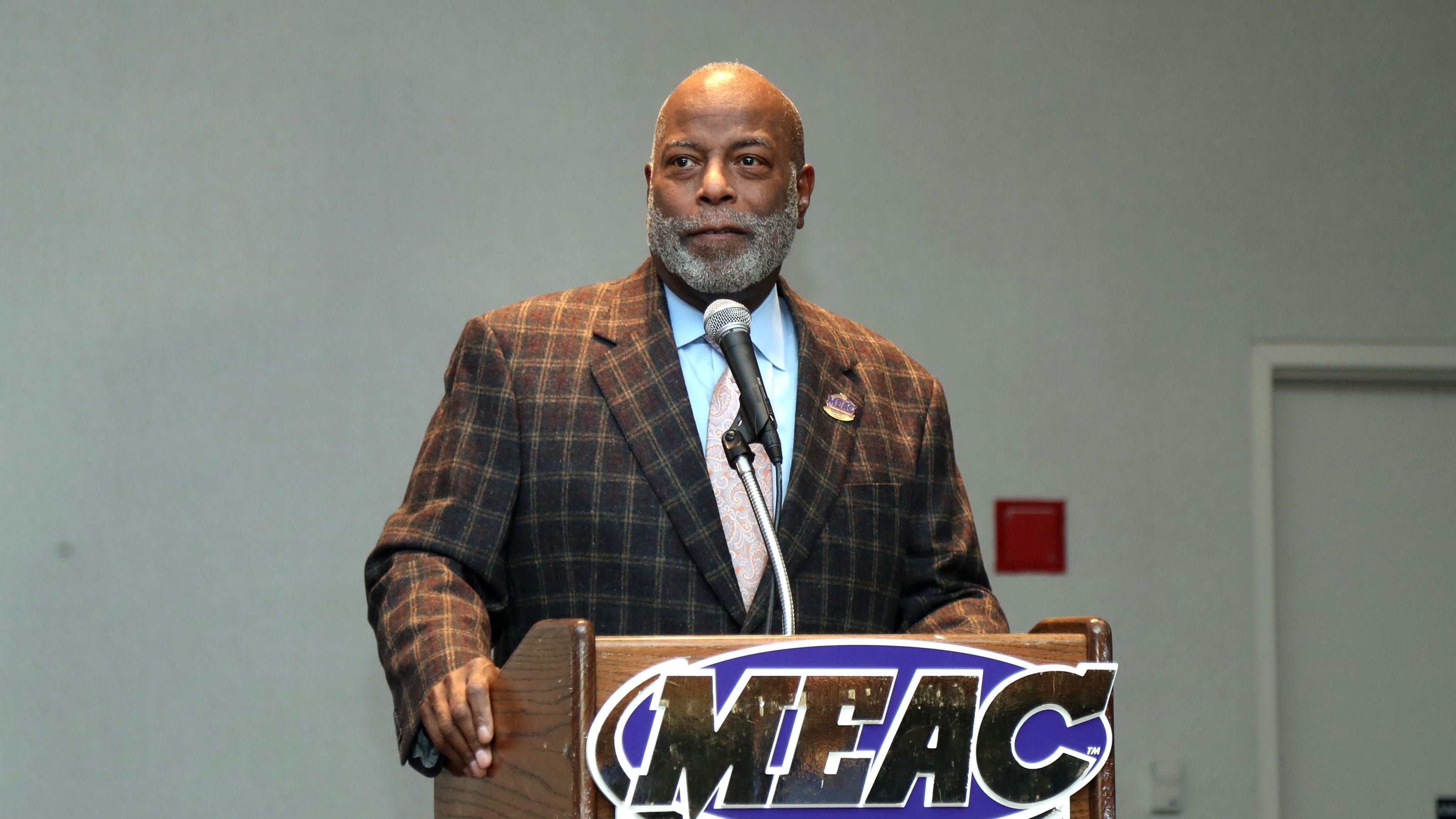 MEAC Commissioner Thomas talks teams exiting, COVID-19 in Zoom ...
